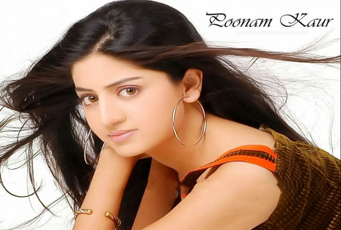 give Actress poonam kaur's contact details