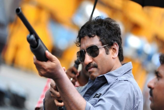 give Director Srinu Vaitla's contact details