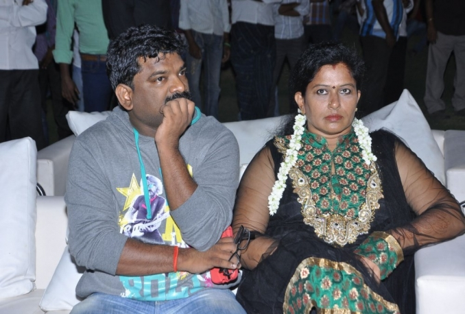 give Dance Choreographer Suchitra's contact details