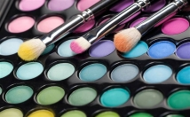 provide Five members Make-up artists contact details